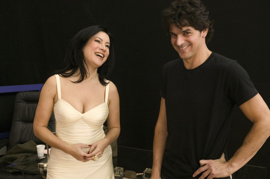 Regisseur Don Mancini, r. und seine Hauptdarstellerin Jennifer Tilly, l. - Bildquelle: Constantin Film