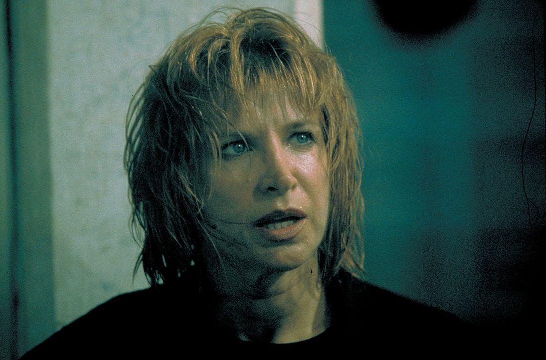 Die Martial-Arts-Spezialistin Julie Cosgrove (Cynthia Rothrock) hat mehr Feinde als Freunde  doch so leicht lässt sie sich nicht unterkriegen ... - Bildquelle: Sony 2007 CPT Holdings, Inc.  All Rights Reserved.