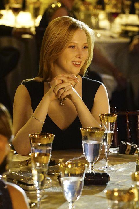 Freut sich über ihren Vater: Alexis (Molly C. Quinn) ... - Bildquelle: Richard Cartwright ABC Studios