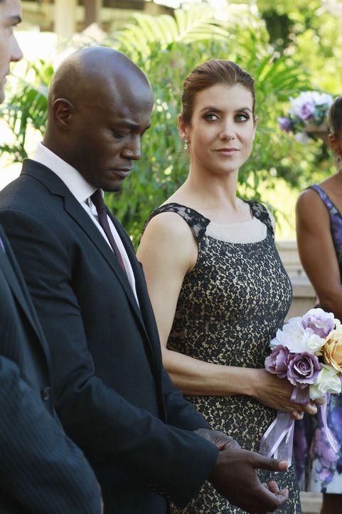 Dr. Rodriguez flirtet weiter mit Addison (Kate Walsh, r.). Einerseits gefällt es ihr, andererseits liebt sie Sam (Taye Diggs, l.) und hat dadurch e... - Bildquelle: ABC Studios