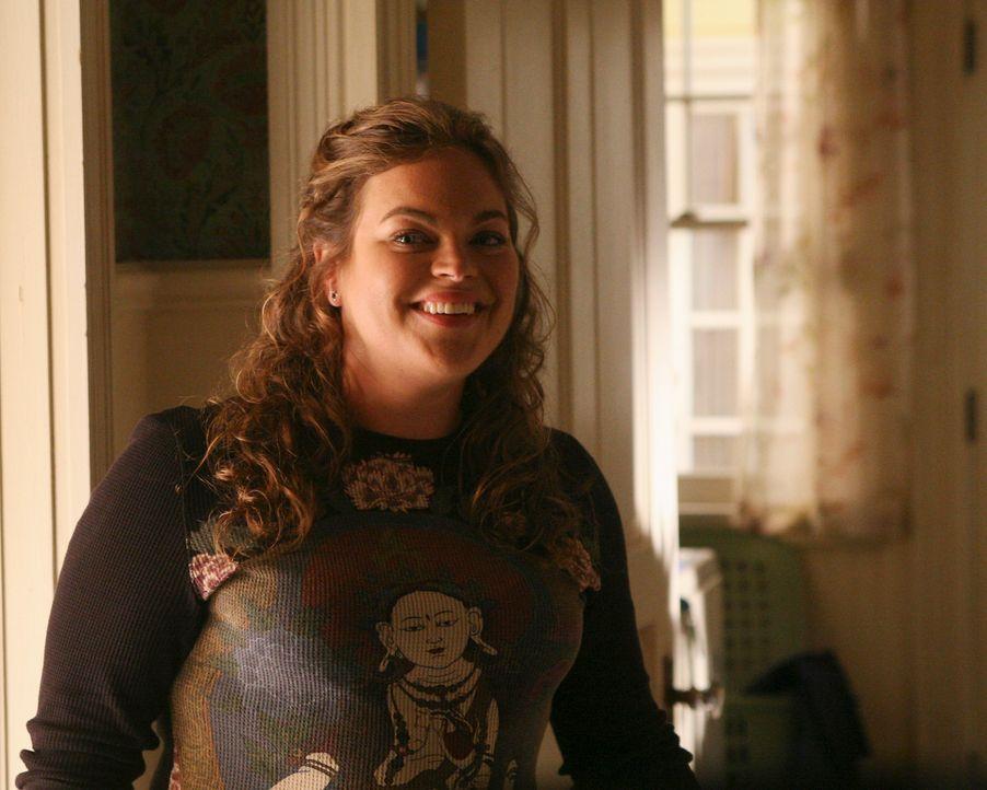Janet (Rebecca Field) ermutigt ihre Freundin Hannah Nick ein Liebesgeständnis zu machen ... - Bildquelle: ABC Studios