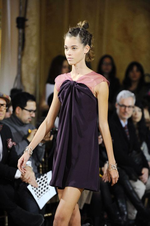 germanys-next-topmodel-stf07-epi10-fashion-show-luisa-046-oliver-s-prosiebenjpg 1298 x 1950 - Bildquelle: ProSieben/Oliver S.