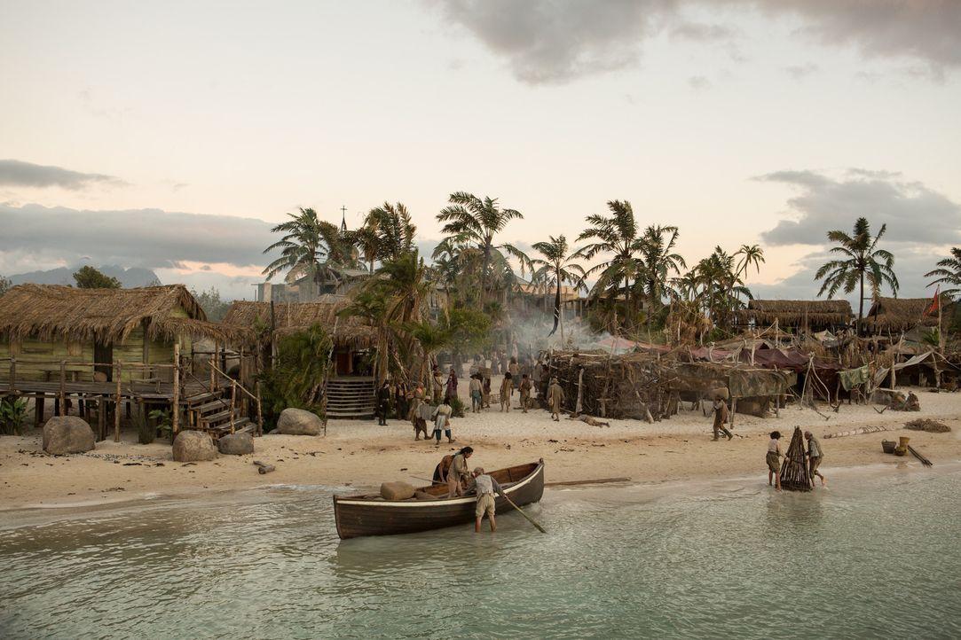 Auf New Providence Island geht es drunter und drüber ... - Bildquelle: 2013 Starz Entertainment LLC, All rights reserved