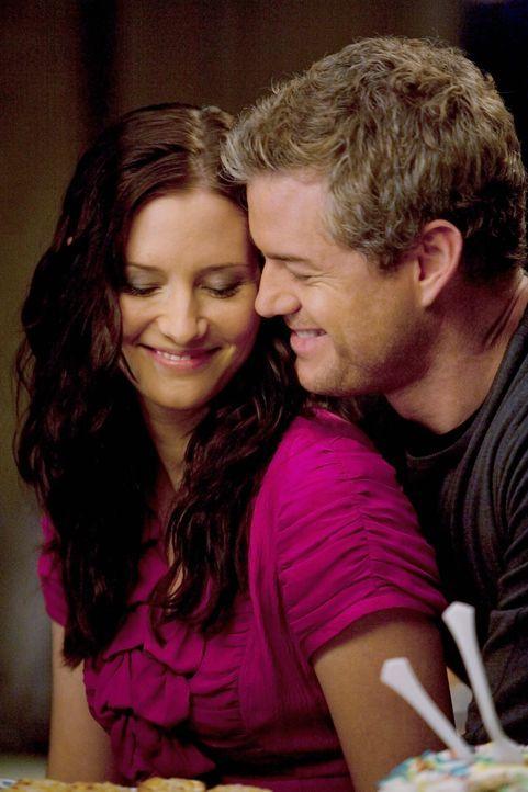 Genießen die gemeinsame Zeit miteinander: Lexie (Chyler Leigh, l.) und Mark (Eric Dane, r.) ... - Bildquelle: Touchstone Television