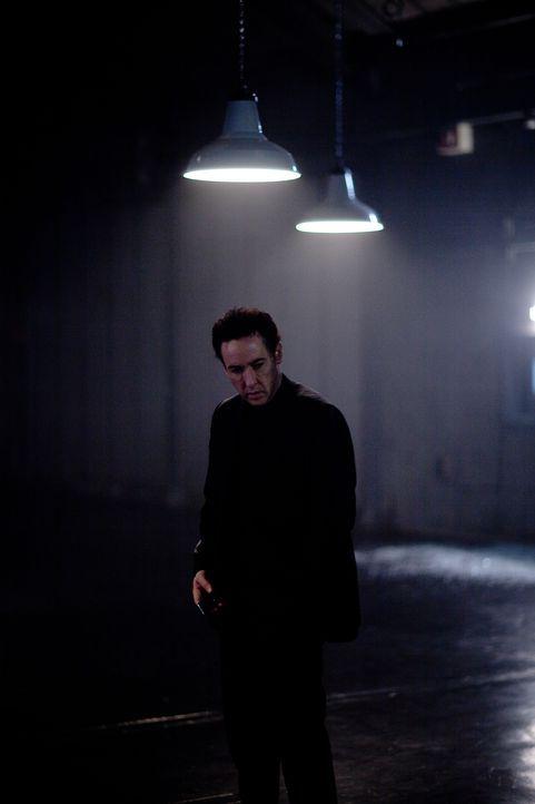 Nach einer missglückten Mission bekommt CIA-Agent Emerson Kent (John Cusack) eine Chance, den angerichteten Schlamassel wiedergutzumachen. Er soll e... - Bildquelle: Laurence Cendrowicz 2012 Universum Film GmbH - Alle Rechte vorbehalten.