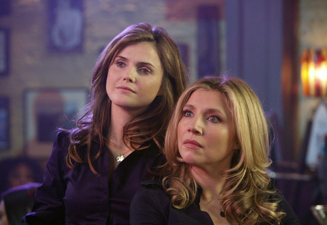 Sie sind enge Freundinnen, die durch dick und dünn miteinander gehen: Elliott (Sarah Chalke, r.) und Melody (Keri Russell, l.) ... - Bildquelle: Touchstone Television
