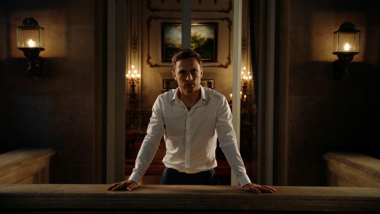 Wird Liam (William Moseley) seinen Bruder unterstützen, damit Robert der wahre König von England wird? - Bildquelle: 2016 E! Entertainment Television, LLC