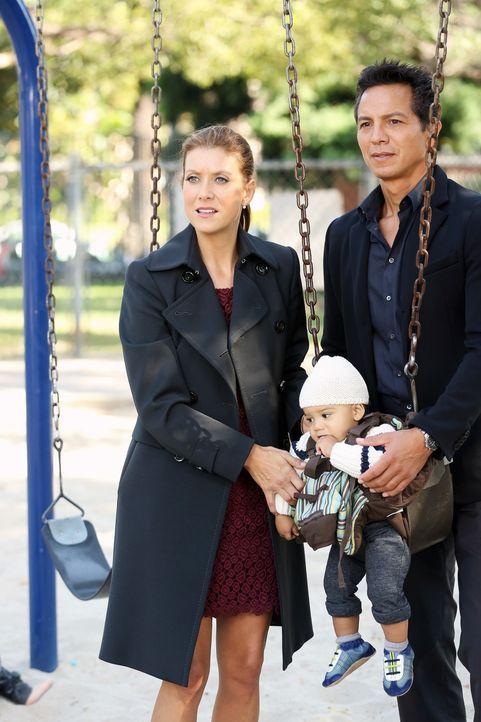 Für Addison (Kate Walsh, l.) ist es nicht leicht, als Henrys leibliche Mutter plötzlich auftaucht und darum bittet, mehr in sein Leben eingebunden... - Bildquelle: ABC Studios