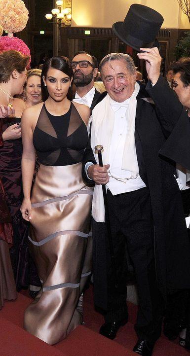Kim-Kardashian-Richard-Lugner-14-02-27-dpa - Bildquelle: dpa