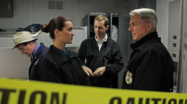 Bei den Ermittlungen in einem neuen Mordfall: Ducky (David McCallum, l.), Ziv...