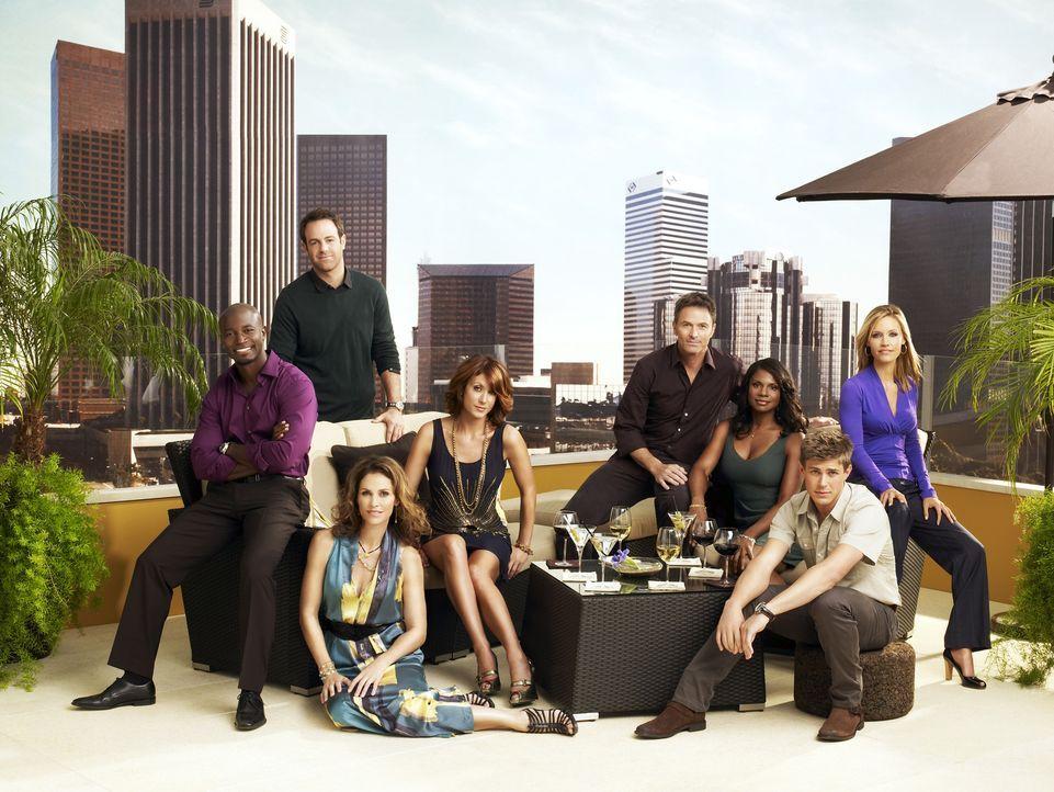 (3. Staffel) - Werden ständig mit neuen Problemen konfrontiert: Dell (Chris Lowell, 2.v.r.), Charlotte (KaDee Strickland, r.), Violet  (Amy Brennema... - Bildquelle: ABC Studios