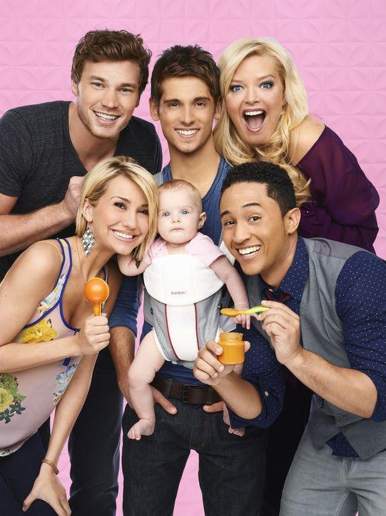 (1. Staffel) - Ein Baby - viele Probleme: Ben (Jean-Luc Bilodeau, hinten M.), Bonnie (Melissa Peterman, hinten r.), Danny (Derek Theler, hinten l.),... - Bildquelle: Andrew Eccles ABC Family