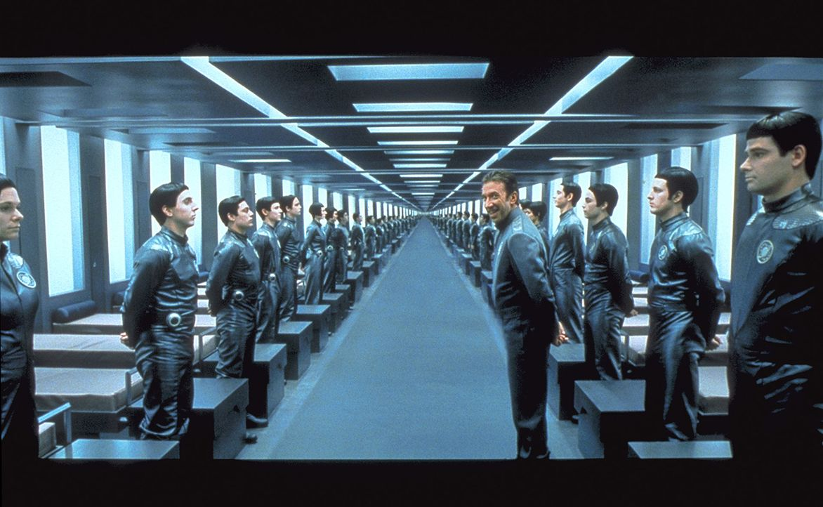 Commander Jason Nesmith (Tim Allen, M.) und seine Truppe müssen die darstellerische Leistung ihres Lebens abliefern ... - Bildquelle: DreamWorks Distribution LLC