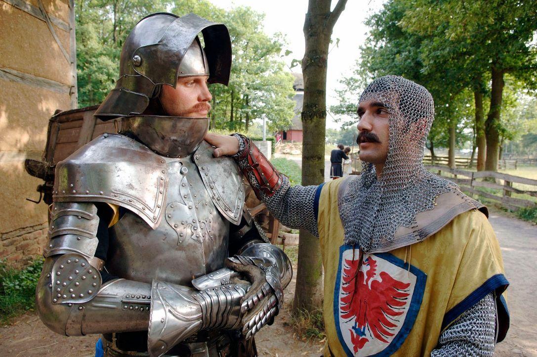 Seine schimmernde Rüstung war damals der Stolz eines jeden Ritters. Was heute der seiden-durchwirkte Designer-Kashmere-Pulli ist, war für den Held v... - Bildquelle: Guido Engels Sat.1