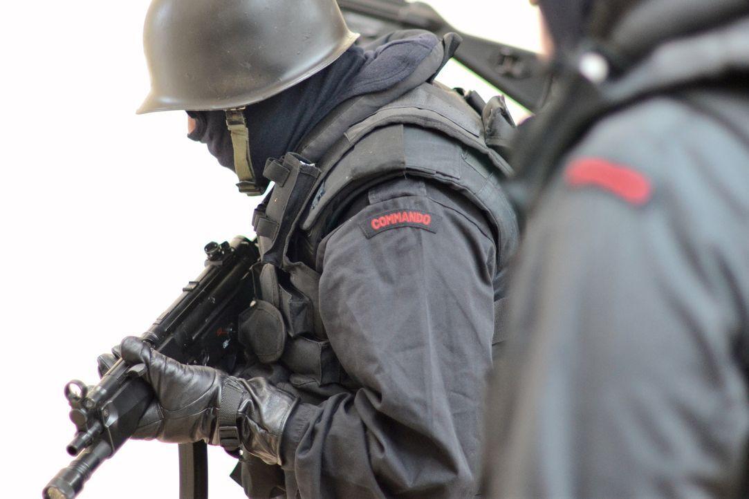 Die gezielten Anschläge des Terrorkommandos zwingen die Metropole in die Knie. Nur eine Spezialeinheit kann jetzt noch helfen. So beginnt die Operat... - Bildquelle: MMXII World Media Rights Limited