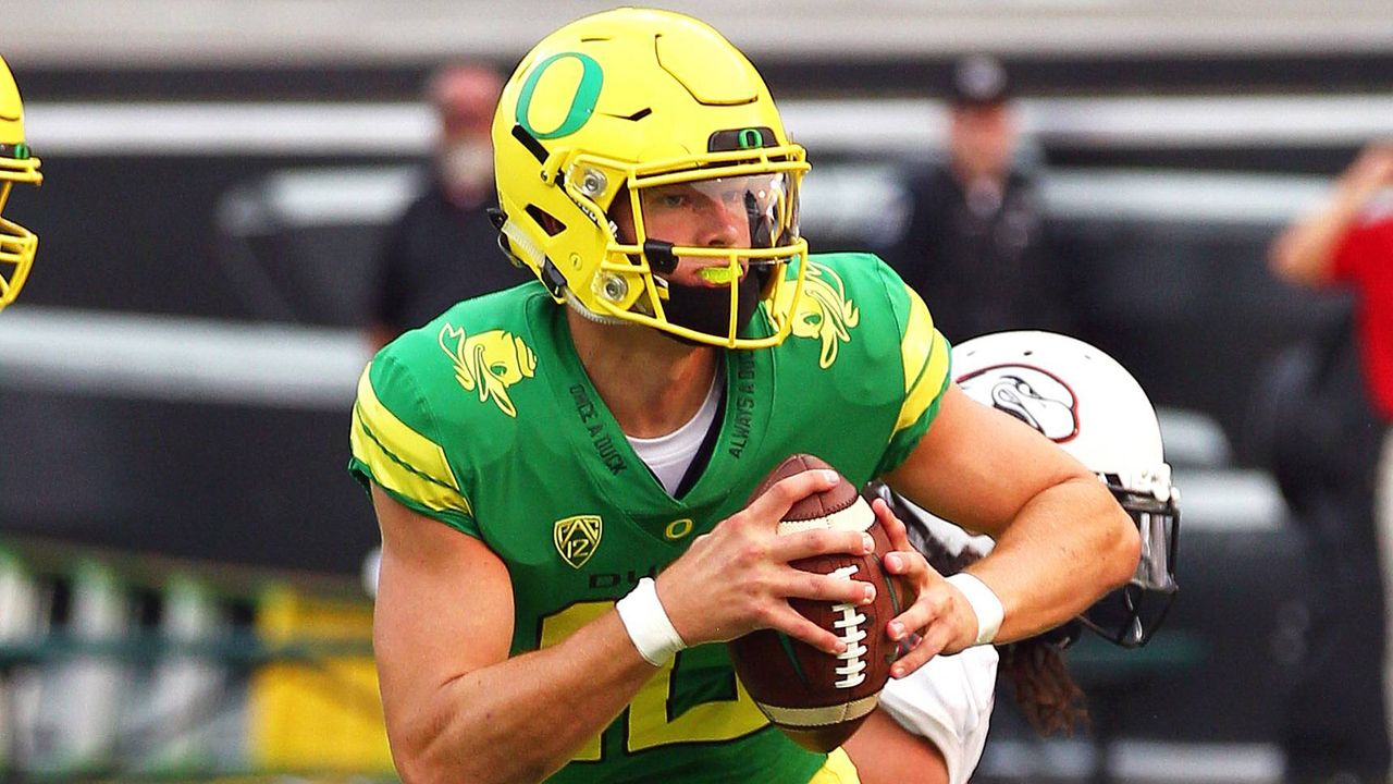 Justin Herbert (Quarterback, Oregon) - Bildquelle: imago/ZUMA Press