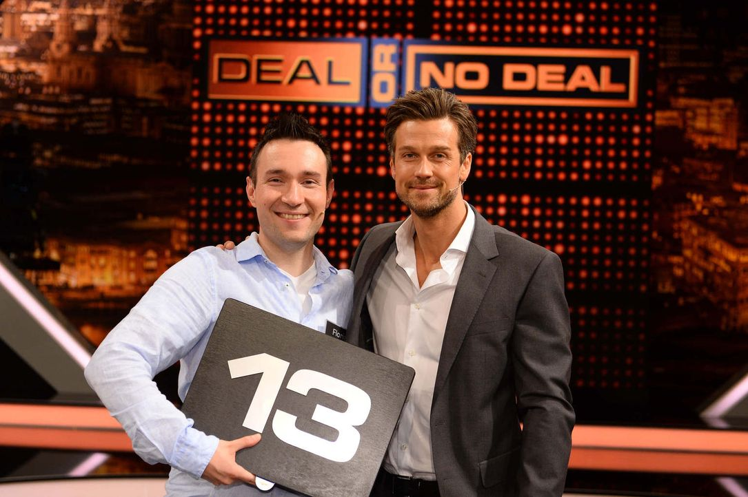 """20 Boxen und die Möglichkeit, 250.000 Euro mit nach Hause zu nehmen - für die Kandidaten heißt es """"Deal or no Deal""""! Doch während Moderator Wayne Ca... - Bildquelle: Willi Weber SAT.1"""