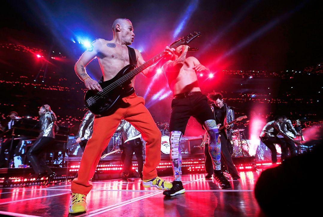 Super-Bowl-Red-Hot-Chili-Peppers-140202-getty-AFP - Bildquelle: getty-AFP