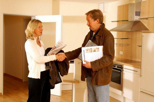 Immobilienmakler/in: zwischen 2300 und 4000€ brutto/Monat