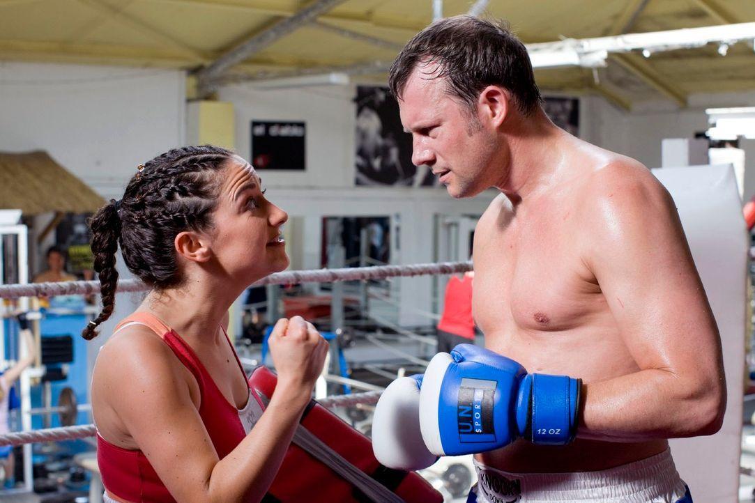 So ein Boxkampf ist wie Sex! Ganz langsam und vorsichtig fängt man an, dann steigert man sich so richtig rein und der Sieg am Ende ist der echte Höh... - Bildquelle: Guido Engels Sat.1