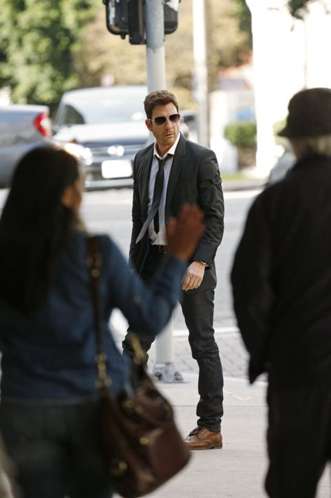 Während Beth eine schwere Entscheidung über ihre Zukunft beim LAPD treffen muss, ermittelt Jack (Dylan McDermott) in einem neuen Fall ... - Bildquelle: Warner Bros. Entertainment, Inc.
