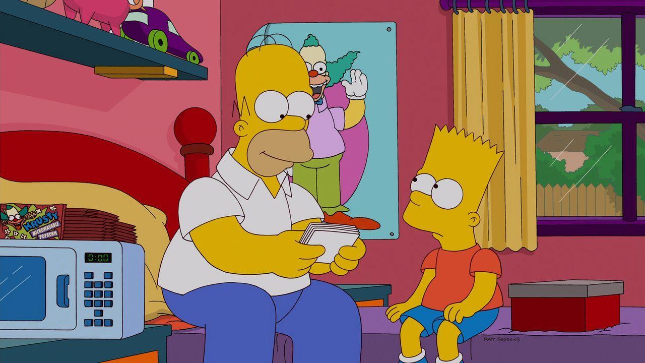 Gemeinsam reisen Homer (l.), Marge, Lisa, Maggie und Bart (r.) nach New York, um Barts Ex-Freundin Mary Spuckler ausfindig machen. Doch werden sie d... - Bildquelle: 2012-2013 Fox and its related entities. All rights reserved