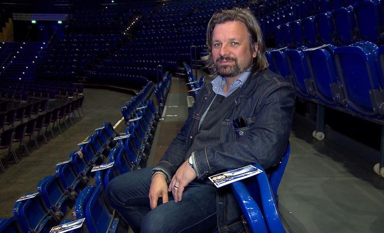 """Henning Wehland lässt in """"Kleine Fans & Große Stars"""" Kinderaugen strahlen ... - Bildquelle: SAT.1"""