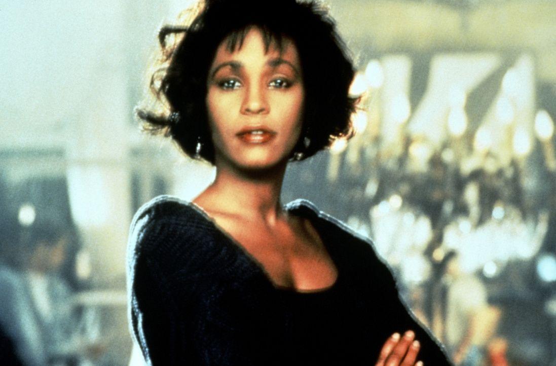 Die Pop-Diva Rachel Marron (Whitney Houston) ist extrem eigenwillig und launisch - ein Alptraum für jeden Bodyguard ... - Bildquelle: Warner Bros.