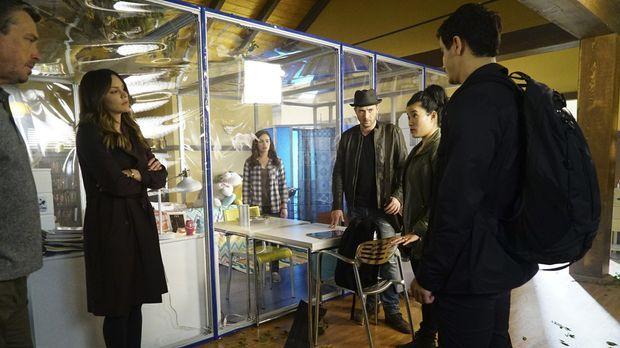 Scorpion - Scorpion - Staffel 3 Episode 18: Das Plastikgefängnis