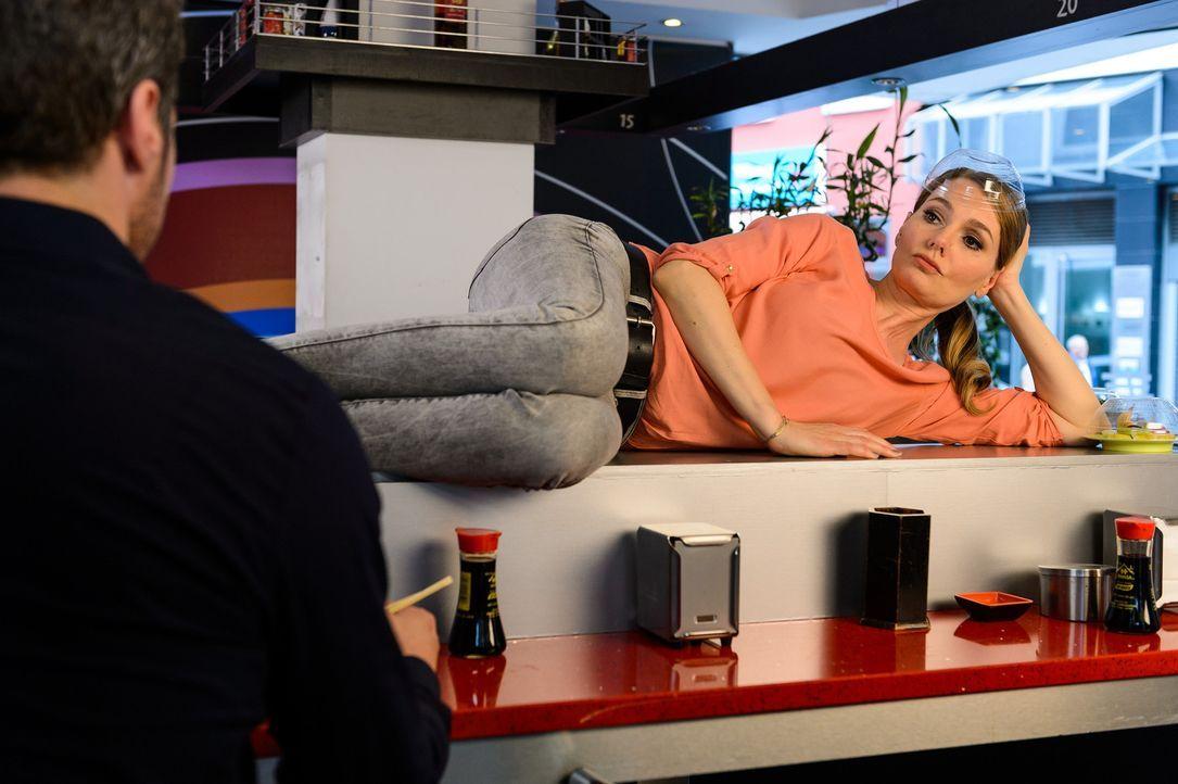"""(4. Staffel) - In """"Knallerfrauen"""" tut Martina Hill (r.) wonach ihr der Sinn steht - hemmungslos und unangepasst ... - Bildquelle: Willi Weber SAT.1"""