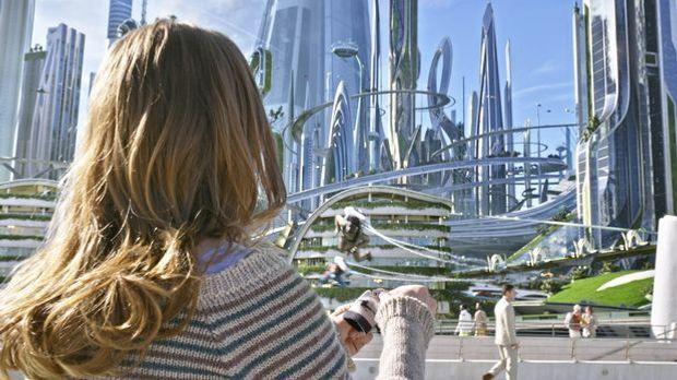 A-World-Beyond-07-Disney2015