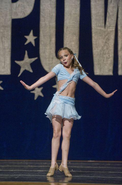 Wie wird sich Maddie in der begehrten, aber anspruchsvollen Rolle schlagen? - Bildquelle: Barbara Nitke 2012 A+E Networks
