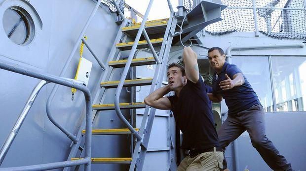 Graham (Adam Beach, r.), ein Navy Seal, der gerade von einem Einsatz in Afgha...