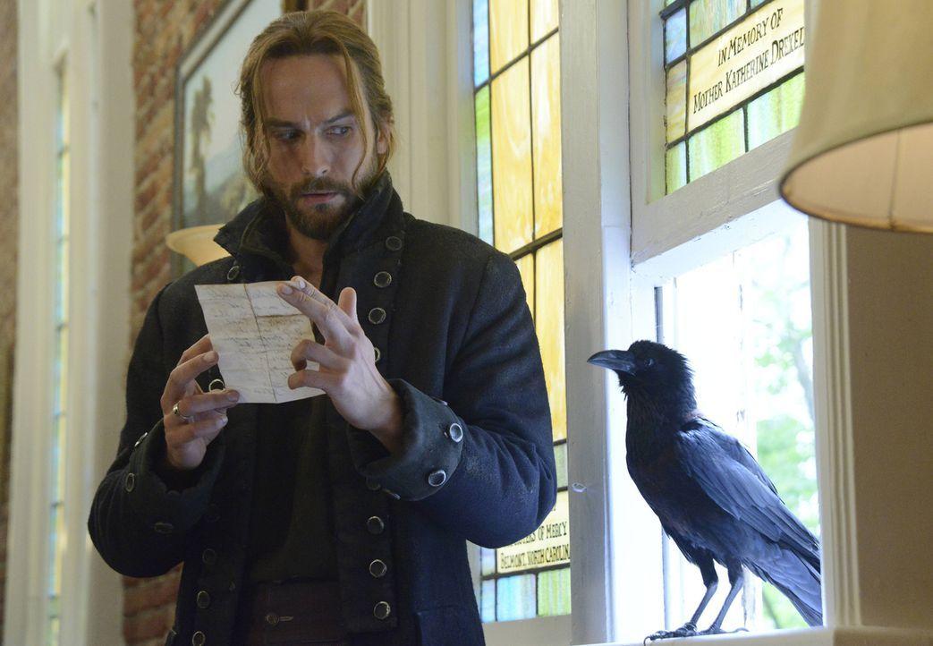 Ichabod (Tom Mison) bekommt wichtige Informationen von seiner Frau, die sich damit in große Gefahr bringt ... - Bildquelle: 2014 Fox and its related entities. All rights reserved.