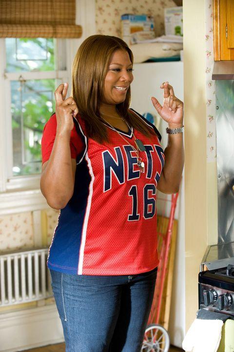 Die charmante Physiotherapeutin Leslie Wright (Queen Latifah) nimmt sich des verletzten Basketballspielers Scott an, um ihm zu helfen. Die scheinbar... - Bildquelle: 2010 Twentieth Century Fox Film Corporation. All rights reserved.