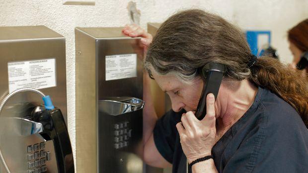 Rosemary Vandecar wartet auf ihre Anhörung vor Gericht ... © James Peterson P...