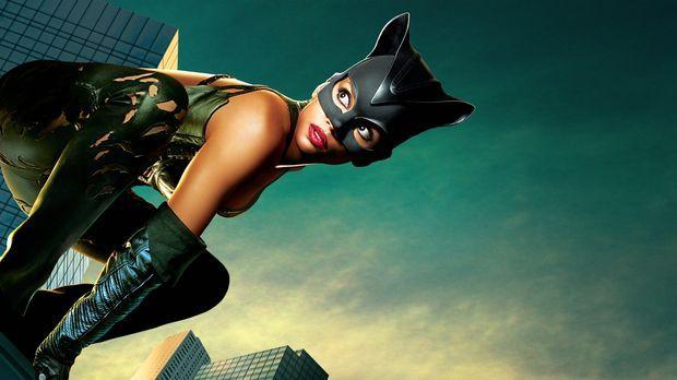 Catwoman - Artwork © Warner Bros. Television