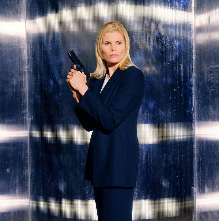 Erst spät erkennt Secret Service-Agentin Alex McGregor (Mariel Hemingway), dass sie sich im Visier der Mörder befindet ... - Bildquelle: Columbia TriStar Television