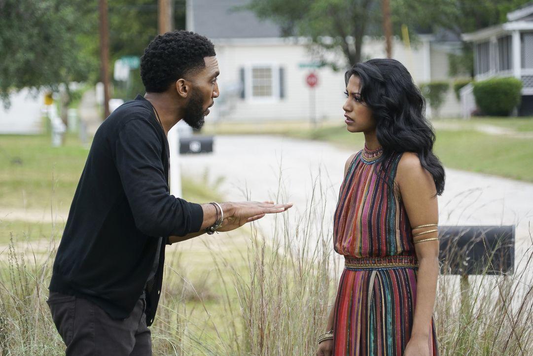 Vincent (Yusuf Gatewood, l.) Ivy (Shiva Kalaiselvan, r.) - Bildquelle: Warner Bros.