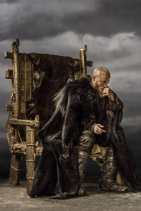 (3. Staffel) - Ein geborener Krieger. König Ragnar Lothbrok (Travis Fimmel) hat es sich zur Aufgabe gemacht, neue Länder zu entdecken und sogleich f... - Bildquelle: 2015 TM PRODUCTIONS LIMITED / T5 VIKINGS III PRODUCTIONS INC. ALL RIGHTS RESERVED.