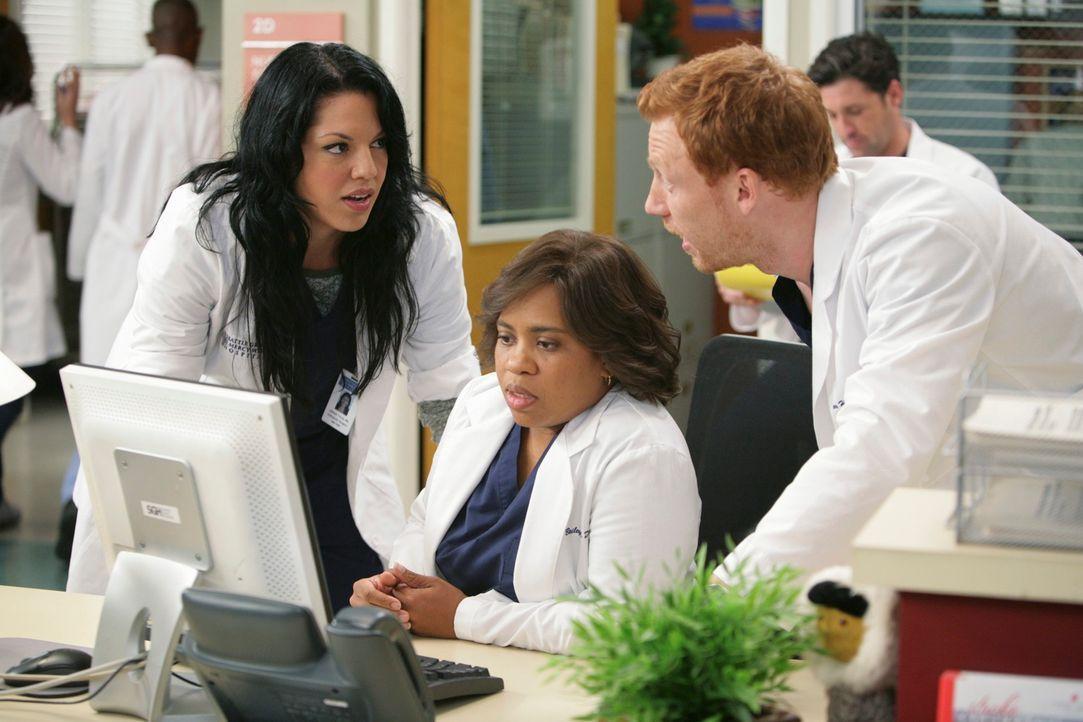 Ein weiter stressiger Tag wartet auf Bailey (Chandra Wilson, M.), Callie (Sara Ramirez, l.) und Owen (Kevin McKidd, r.) ... - Bildquelle: Touchstone Television