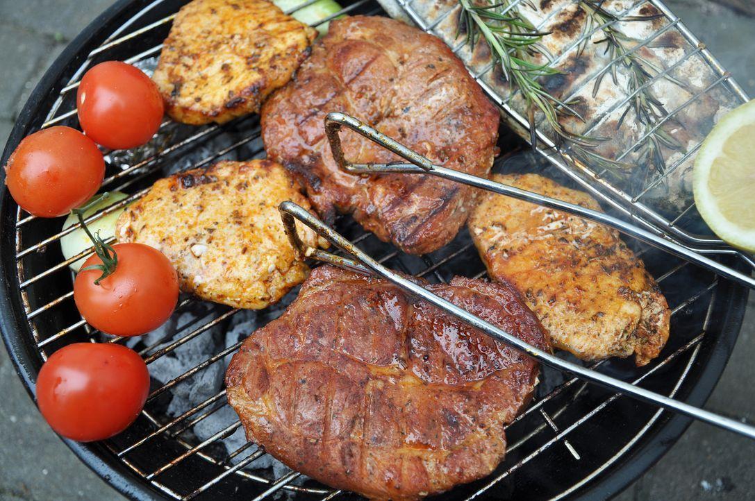 grillfleisch - Bildquelle: Fotosasch - Fotolia
