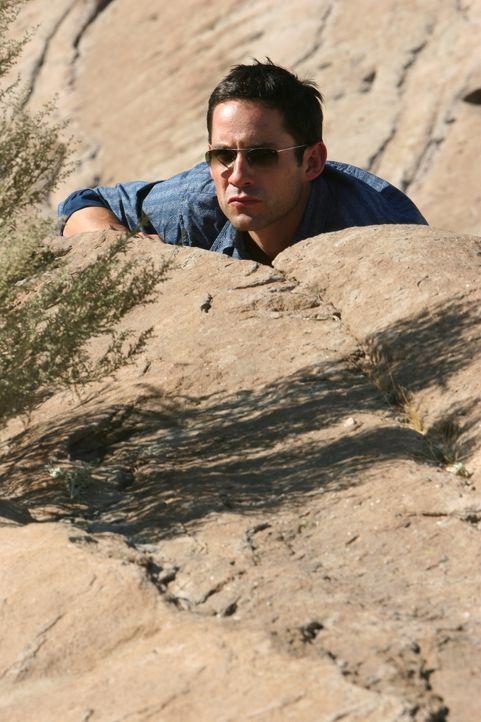 Während Jack und Danny (Enrique Murciano) sich in Mexiko mit paar Broken spanisch durchschlagen um einen Fall zu lösen, versuchen die Kollegen in Ne... - Bildquelle: Warner Bros. Entertainment Inc.