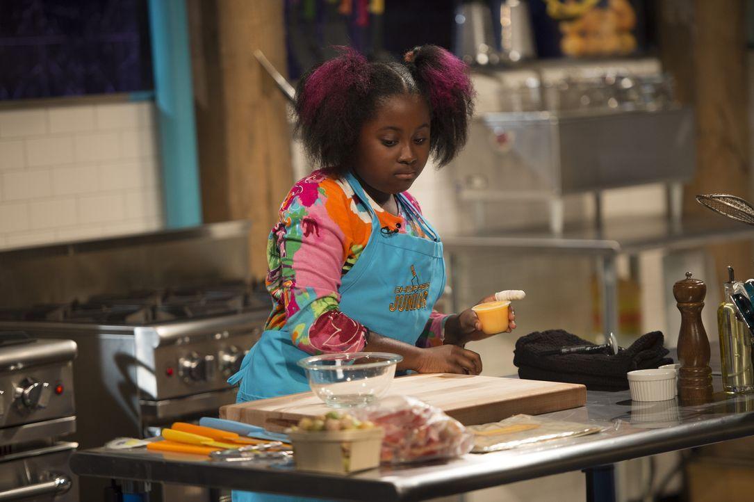Die junge Köchin Jataun aus Brooklyn liebt Curries und will ihre Mama mit ihren außergewöhnlichen Kochkünsten stolz machen. Aber wird sie mit ihrem... - Bildquelle: Scott Gries 2015, Television Food Network, G.P. All Rights Reserved