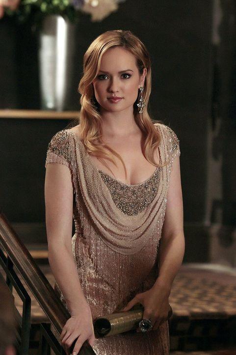Lily gibt eine Party für Charlie (Kaylee DeFer), um sie so offiziell in die New Yorker Gesellschaft einzuführen ... - Bildquelle: Warner Bros. Television