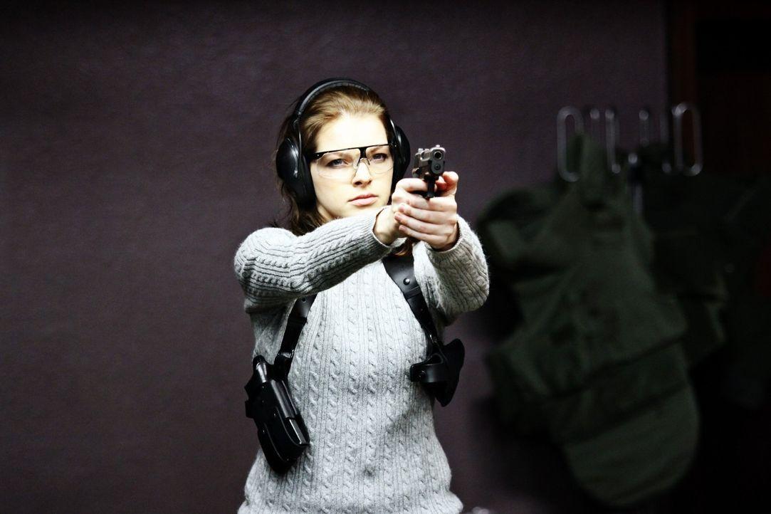 Ist fest davon überzeugt, dass Recht und Gerechtigkeit immer zusammenfallen: Erst spät erkennt die Polizisten Maria Teiss (Yvonne Catterfeld), dass... - Bildquelle: Wilma Roth Sat.1