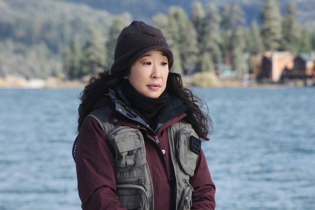 Obwohl Meredith dagegen ist, nimmt Derek Cristina (Sandra Oh) mit auf einen Angelausflug, weil er sich Sorgen um sie macht ... - Bildquelle: ABC Studios