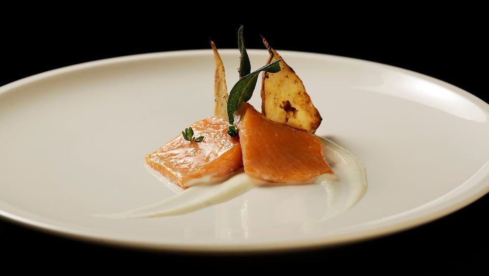 Rezept Lachsforellenfilet Mit Selleriechip The Taste
