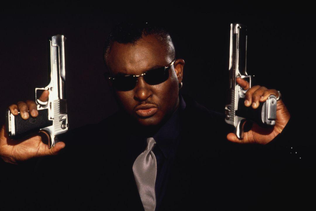 """Aus dem Nichts heraus hat es Malik Bishop (Anthony """"Treach"""" Criss) an die Spitze einer Armee von Profi-Killern geschafft. Doch dann verliebt er sich... - Bildquelle: 2003 Sony Pictures Television International. All Rights Reserved."""