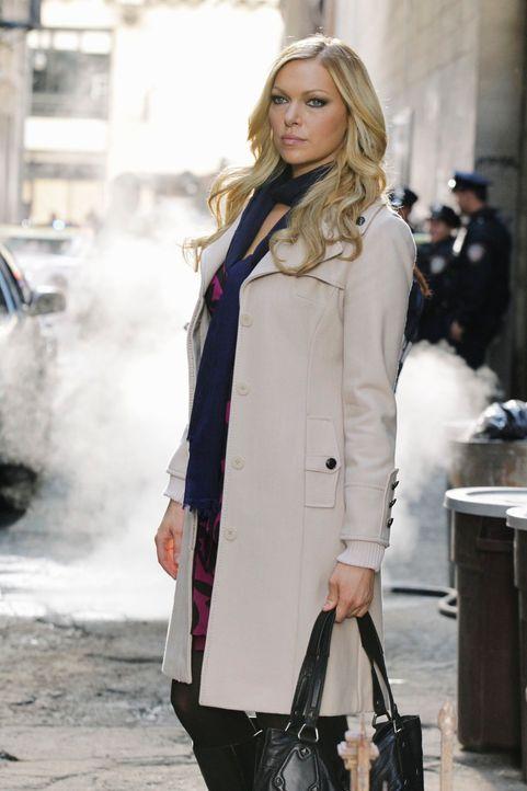 """Castles Roman """"Nikki Heat"""" soll verfilmt werden und Filmstar Natalie Rhodes (Laura Prepon), die für die Rolle der Nikki Heat vorgesehen ist, begleit... - Bildquelle: 2010 American Broadcasting Companies, Inc. All rights reserved."""